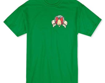 Pocket Christmas Wreath With Bell  Men's Kelly Green T-shirt