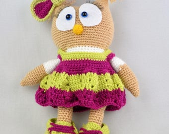 Hand-knitted owl / cuddly toy