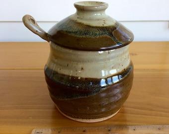 ceramic honey pot