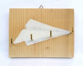 Key hanger plane origami