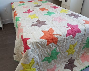 """Vintage Hand Made Quilt From the 70s Maple Leaf /  102"""" x 92"""" /Throw Bedding Bed Coverlet Bedspread White Green Orange Red Pink 1977"""