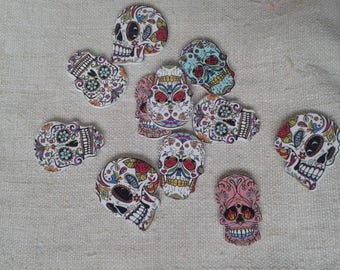 "set of 6 ""skull"" floral wood buttons"