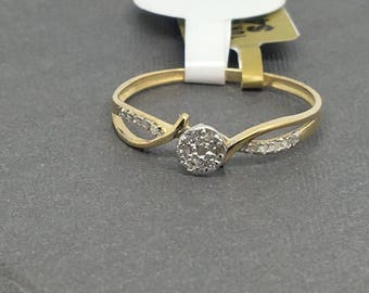 10k Gold Ring with Diamond