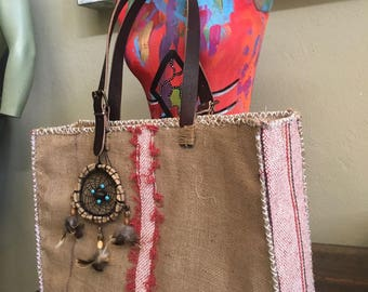 Handmade bags with exclusive designs of jute, leather and jargon