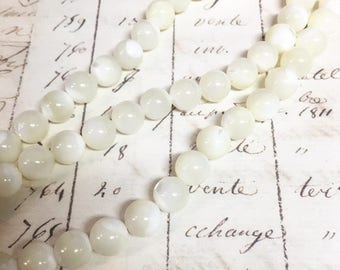 AA quality, Shell Pearl, MOP, White Beads, Round, 8mm, Full strand,