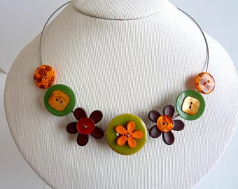 Choker necklace orange green and Brown