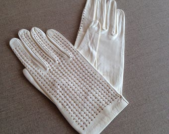 Vintage womens leather gloves
