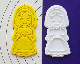 Pilgrim Girl Cookie Cutter and Stamp