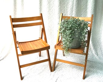 a set of 2 wood folding chairs mid century folding wood chairs wedding chairs