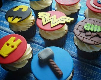 SUPERHERO Edible topper cupcake 8 psc marvel heroes d.c. iron man batman wonderwoman tor halk Capitan America