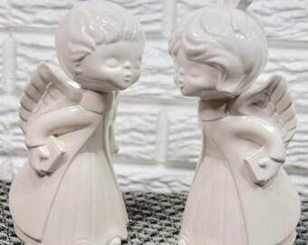 Vtg 70s Pair of Kissing Angel Figurines