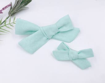 Baby Girl hand tied Bow - Nylon Headbands - Hair clip - Infant / Toddler /  Fabric Hair Bows / Clips - mint