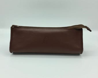 Drop brown leather case