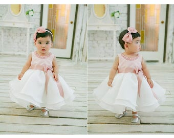 Baby girl one year old birthday princess dress, wedding dress, Photo shoots