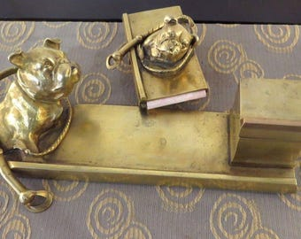 Writing set bronze from 1900s with English bulldogs/Ink Barrel Officeset bronze at 1900 with English bull Mastiffs