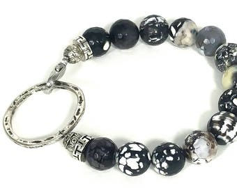 Gorgeous Black and White Fire Agate Bracelet/ Fire Agate Beaded Bracelet/ Beaded Bracelet/ Black and White Beaded Bracelet/ Hand Crafted