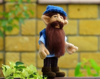 Needle felted gnome - Needle felted dwarf - Gnome doll - Collectible doll - Soft sculpture - Gift for him - Dolls for adults - Nordic gnome