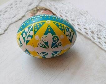 Ukrainian real Easter eggs.Traditional Ukrainian Easter egg.Handmade.Hand painted Easter eggs.Pysanka.Batic eggs.Chicken pysanka yellow blue