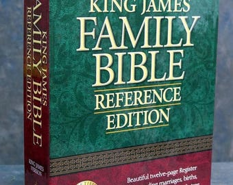 S Holy Bible, King James Version: Family Reference Edition, No 158Bg Burgundy