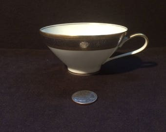 Rosenthal Fine China.Duchess 17.Gold and Silver.Tea Cup.