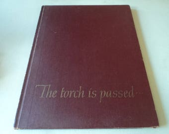 John F Kennedy The Torch Is Passed Book - Assasination