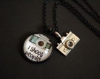 I shoot people photographer necklace