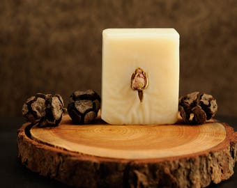 Natural Handmade Soap with Shea Butter and Goats Milk - Rose Petals Fragrance