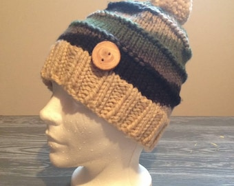 Hat knit with wood button