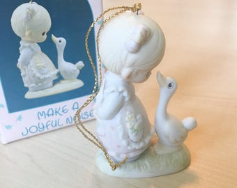 Vintage Precious Moments Ornament Make A Joyful Noise Figurine 522910