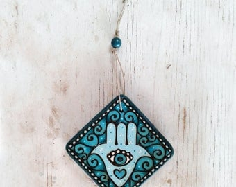Wooden hamsa, Hamsa wall art, Hamsa decor, Judaica wall art, Jewish gift, home decor, wooden wall art, pyrography art, wood burning