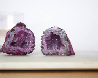 2 Agate Geode Caves