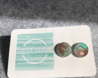 Mint, white and brown resin studs