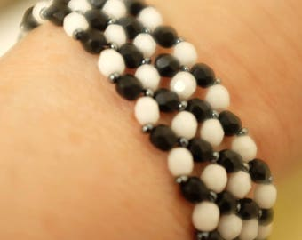 chic black and white bracelet