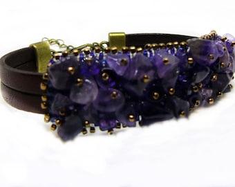 Crown chakra bracelet Sahasrara, amethyst bracelet, bead embroidery bracelet, casual bracelet, healing bracelet, purple bracelet