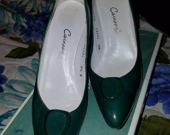 Vintage green leather Caressa pumps