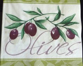 Black olives napkin fondcreme
