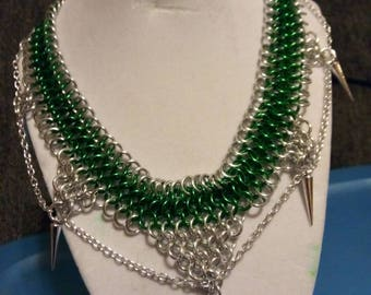 Choker chainmail with spikes