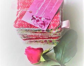 Lingettes  lavables par 10 ,liberty et tissu japonais,tons roses et blancs ,doublées d'éponge ,démaquillage ou toilette de bébé ..