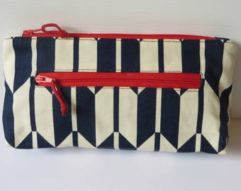 Twin zip flat base purse