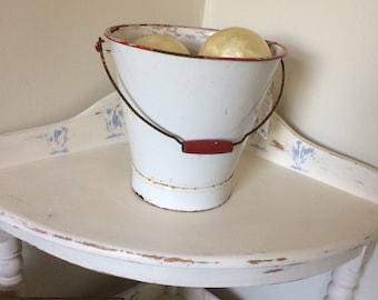 Metal bucket or pail