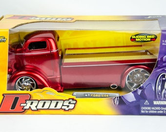 Jada D-Rods 1947 Ford COE Chopped Cab Sliding Bed 1:24 Diecast Model Truck