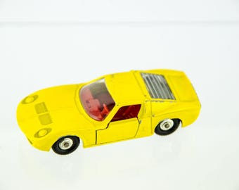 Vintage Original Lesney Matchbox # 33 Lamborghini Miura Diecast Car