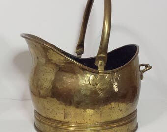 Vintage Antique Handcrafted Hammered Copper & Brass Fire Bucket