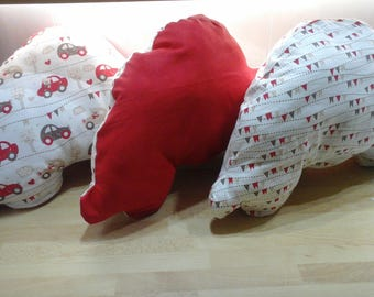 """""""Cars"""" in red and white reversible cushions"""