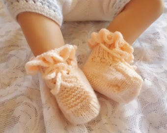 Baby slippers baby hand knitted