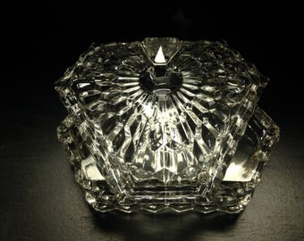 Brilliant divided American cut Fostoria candy dish with lid