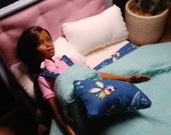 """Full sized doll bed For Barbie, Fashion Royalty, and any 12"""" doll~"""