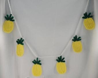 Crochet Pineapple Banners