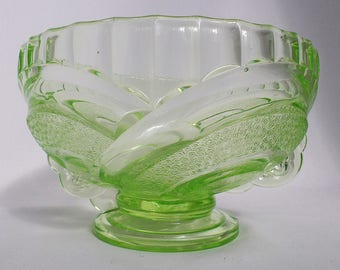 Art Deco Sowerby Uranium Bowl no .2616