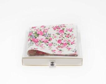 de MORÉ - Rosaceae Pocket square